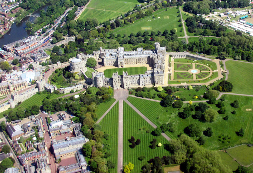 London England-Windsor Castle-Aerial View - Interlude Tours